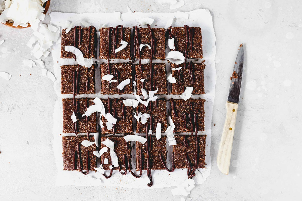 Rohkost Brownies mit Walnuss